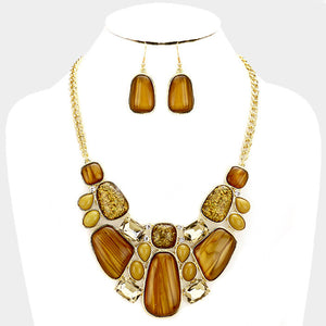 Beige Glitter Epoxy Statement Necklace Set