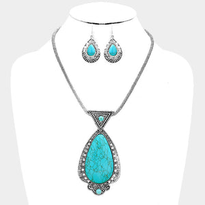 Teardrop Shaped Turquoise Necklace Set