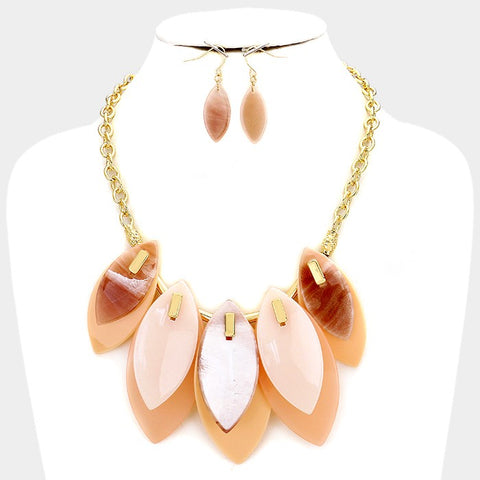 Peach Oval Shaped Fashion Necklace Set