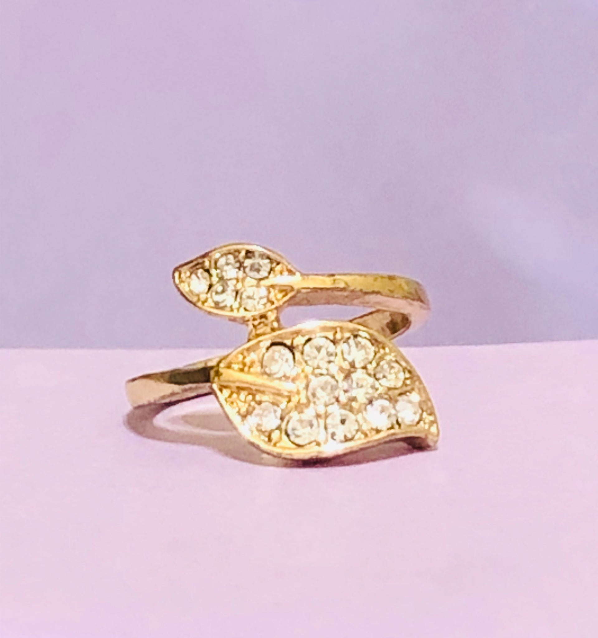 Gold Double Leafed Fashion Ring
