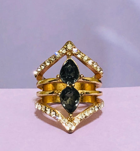 Gold-Black Oval Rhinestone Fashion Ring