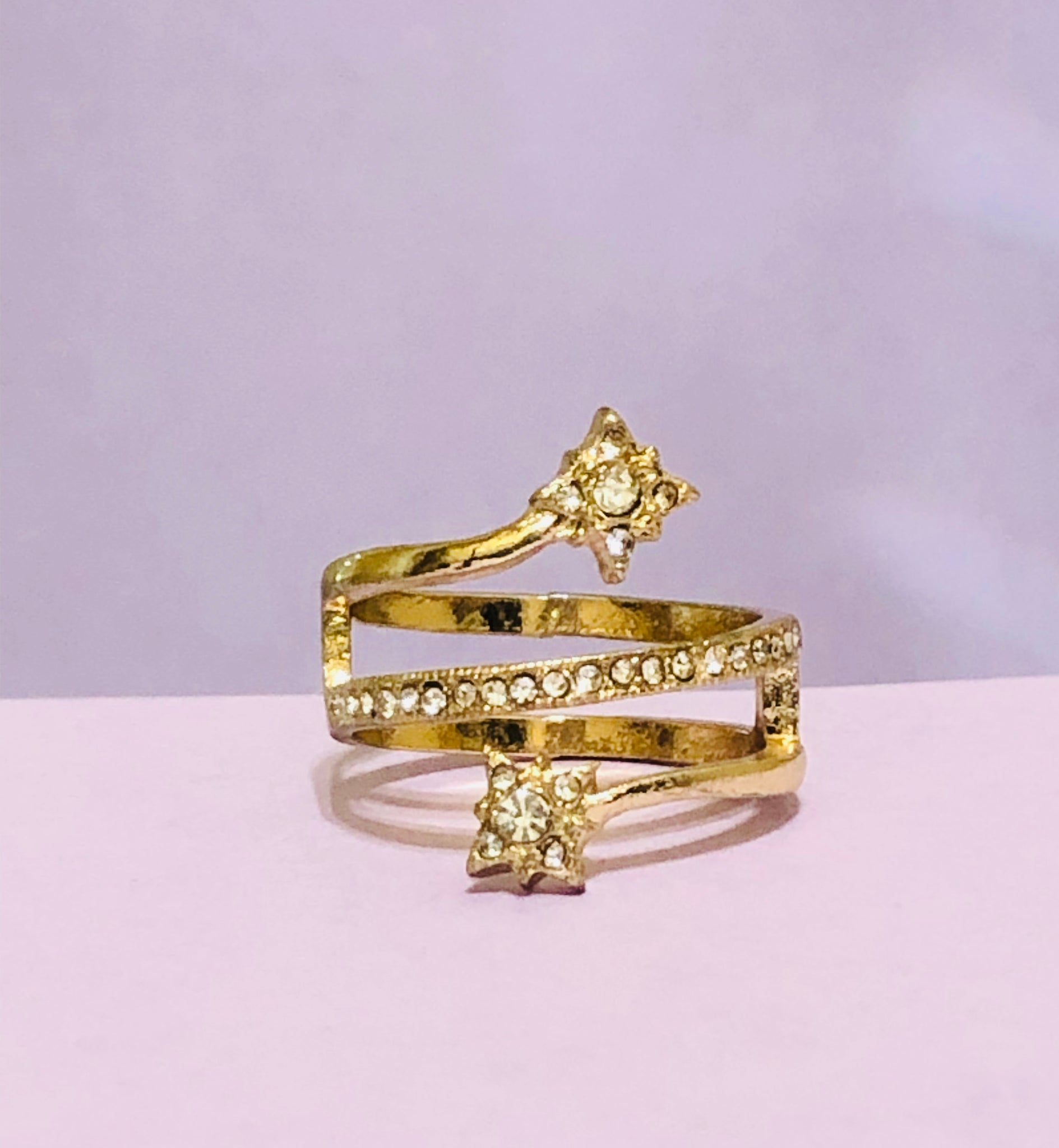 Gold Star Swirl Rhinestone Fashion Ring