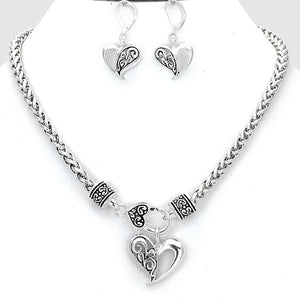 Silver Floral Heart Necklace Set