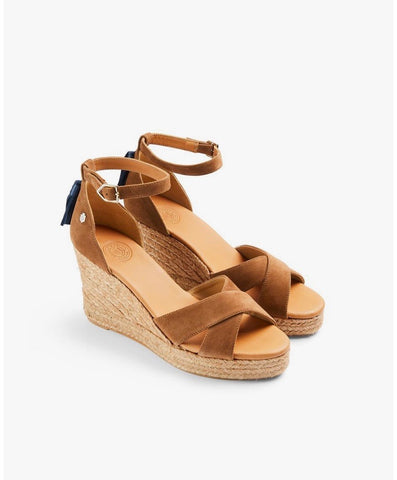 Fairfax & Favor The Valencia Wedge - Tan