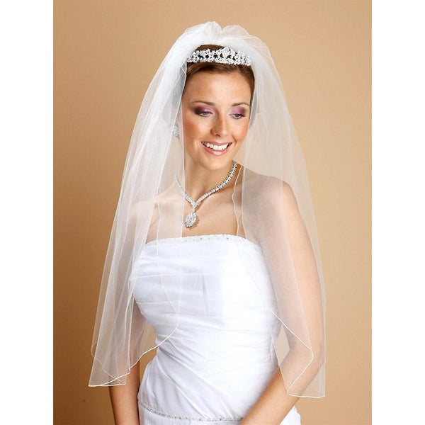 Marielle Viels Classic Single Layer Veil with Pencil Edging