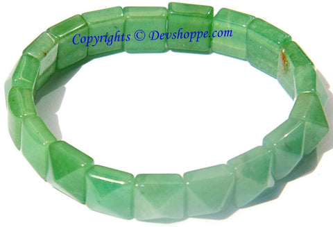 Green Jade bracelet of Pyramid shaped beads - Devshoppe