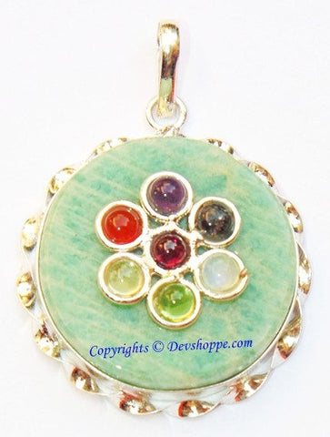 Green Jade round shaped pendant with Chakra stones - Devshoppe