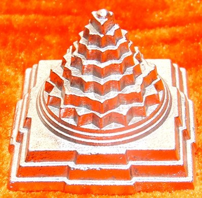 Parad Shree yantra ( Sriyantra ) for wealth and prosperity 100 gms - Devshoppe - 1