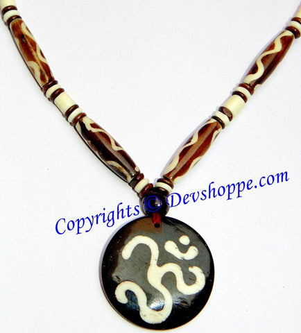 Stylish necklace with Aum (Om) pendant - Devshoppe - 1