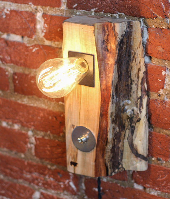 Maple Sconce Lamp