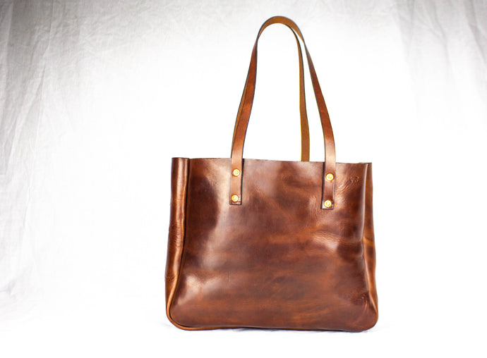 Atlantic Leather Tote Bag: Black Bear