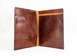 The Commodore: Leather Portfolio