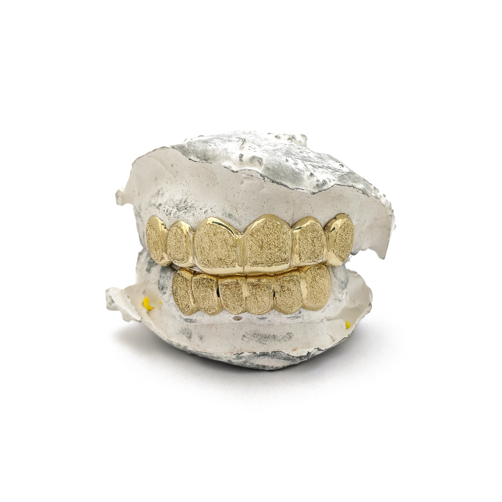 Custom Made 14 Karat Yellow Grills Gold Set of 12 Dibuat oleh Popular Jewelry New York