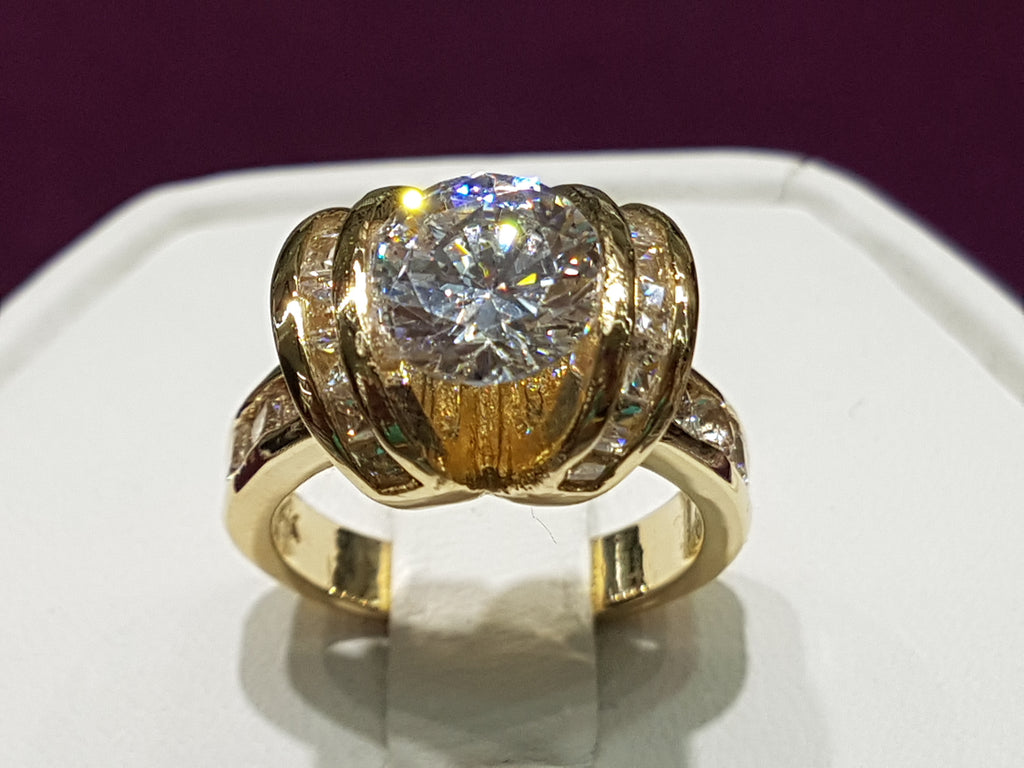 khu-ring-diamond-14-karat-gold