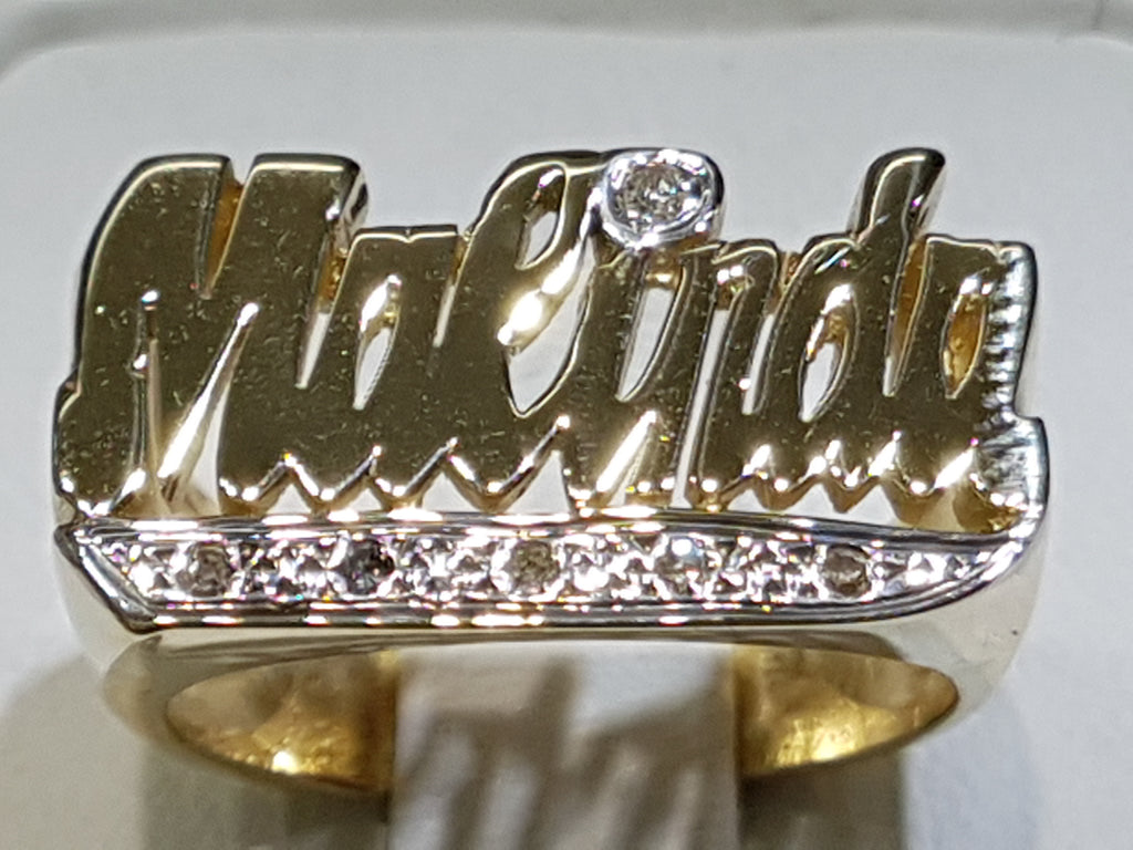 malinda-name-ring-14-karat-gold-diamond