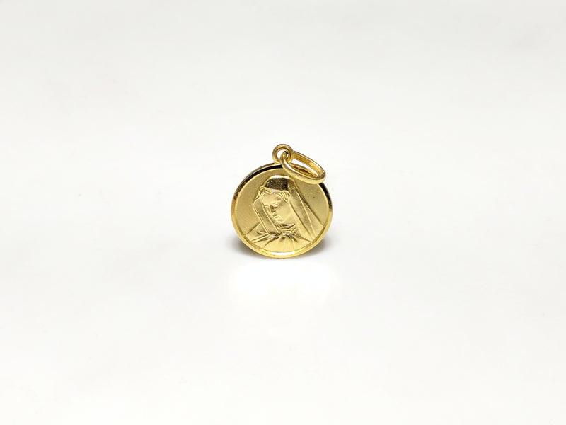 products/14_karat_585_yellow_gold_saint_mary_mother_portrait_la_pieta_michaelangelo_painting_clutching_son_medallion_pendant_standing_up_front_view_web_product_Popular_Jewelry_New_York_City.jpg
