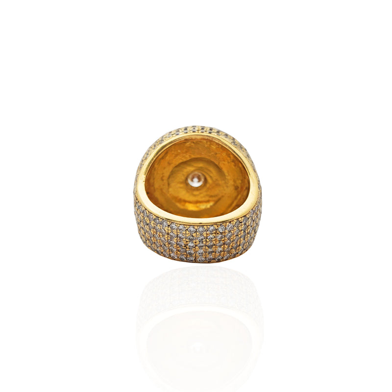 Diamond Iced-Out Round Shield Statement Ring (18K)
