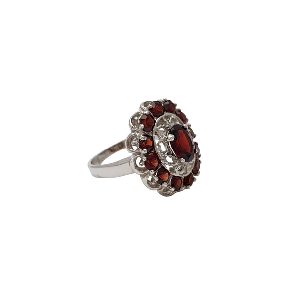 Dark Red Zirconia Floral Pattern White Gold Lady Ring (14K)