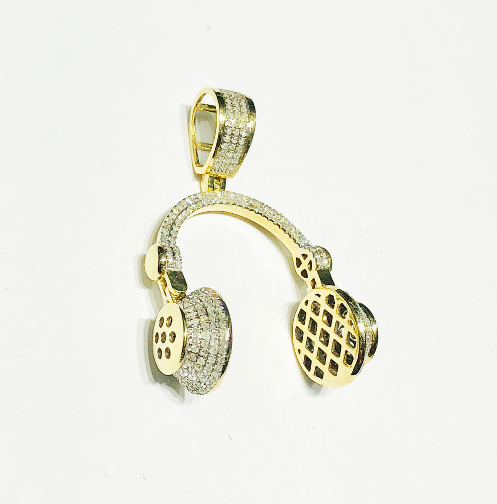 Headphone Diamond Pendant (10K).