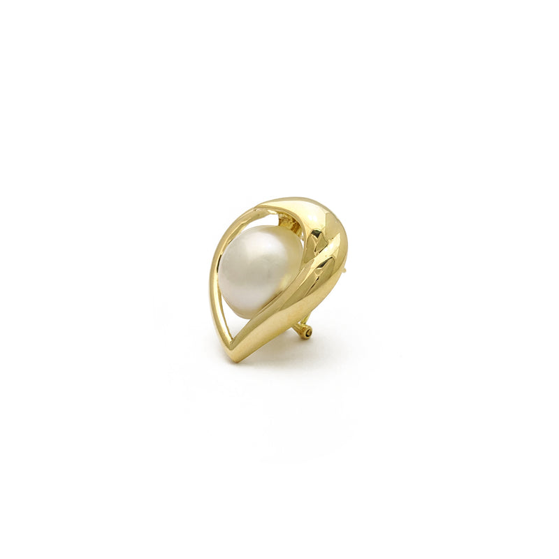 products/585-14-Karat-Yellow-Gold-Heart-Outlined-Pearl-Earring-Side-Angle-E30LAM-_LD-PO-NY.jpg
