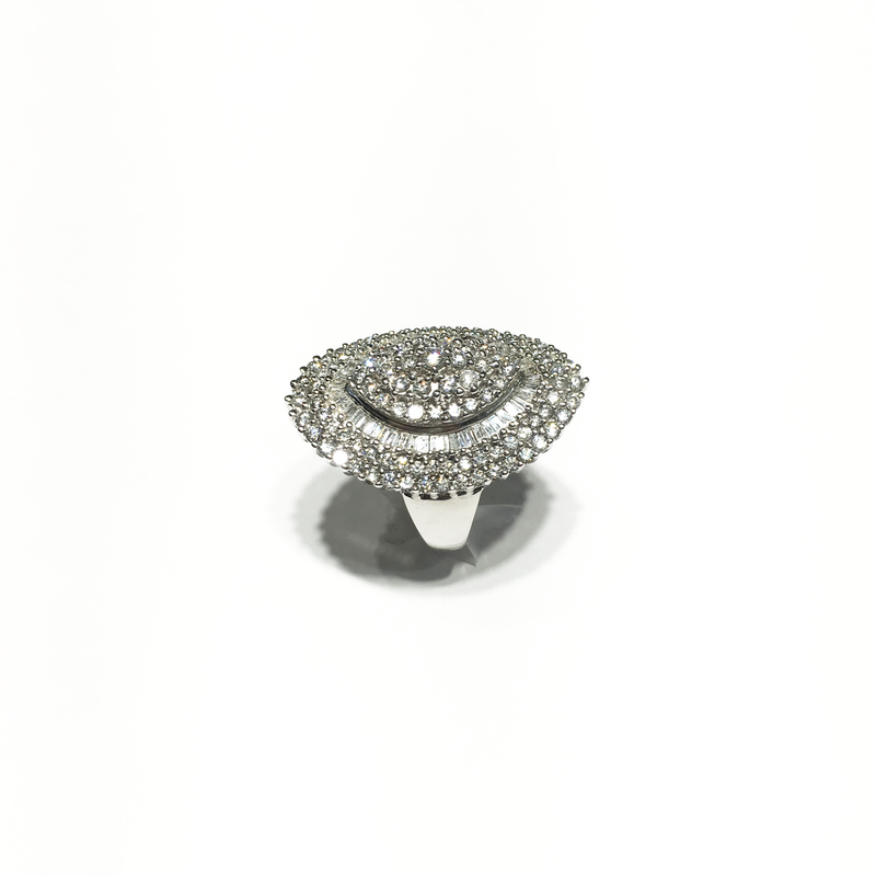 Oval Cocktail Diamond Ring (14K)