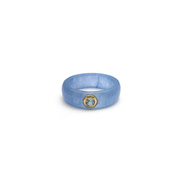 Blue Topaz Solitaire Blue Jade Ring (14K) front - Popular Jewelry - New York