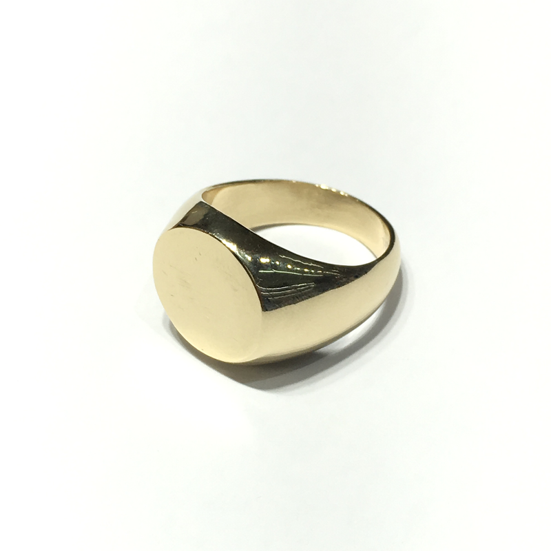products/585_14_Karat_Yellow_Gold_Round_Signet_Ring_right_angle_view_web_product_Popular_Jewelry.png