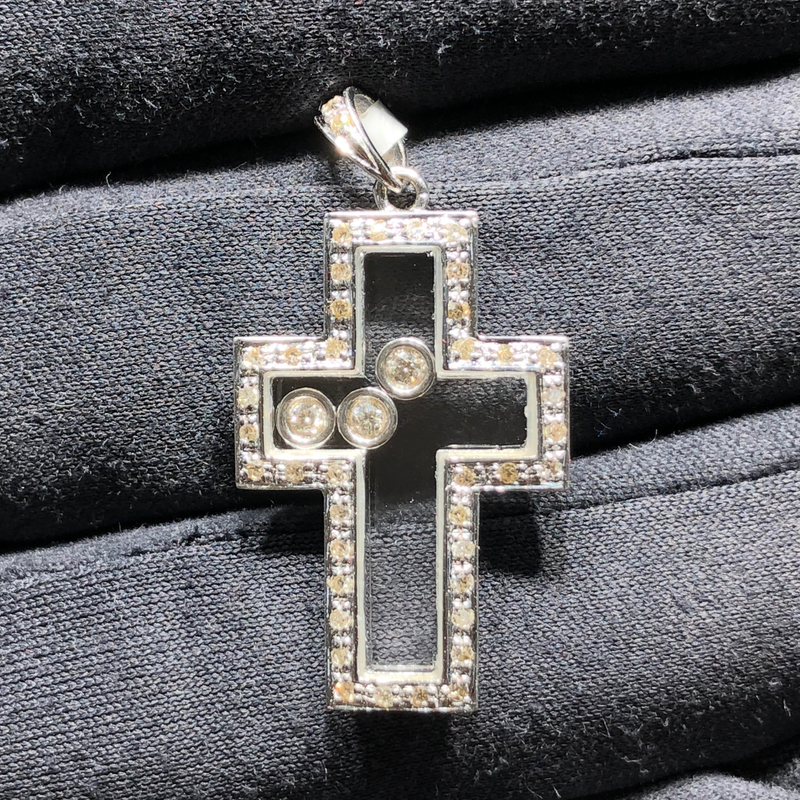 products/750_18_karat_white_gold_Floating_Diamonds_Cross_pendant_pave_setting_standing_angle_view_web_product_Popular_Jewelry_2.png