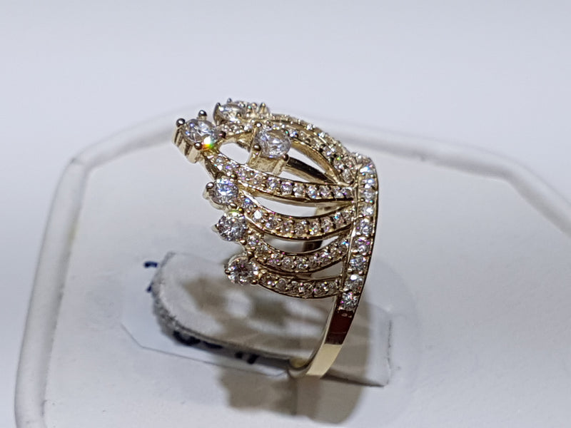 products/Crown-Ring-Cocktail-14-14K-Karat-Yellow-Gold-Cubic-Zirconia-Zirconium-CZ-candid_2.jpg