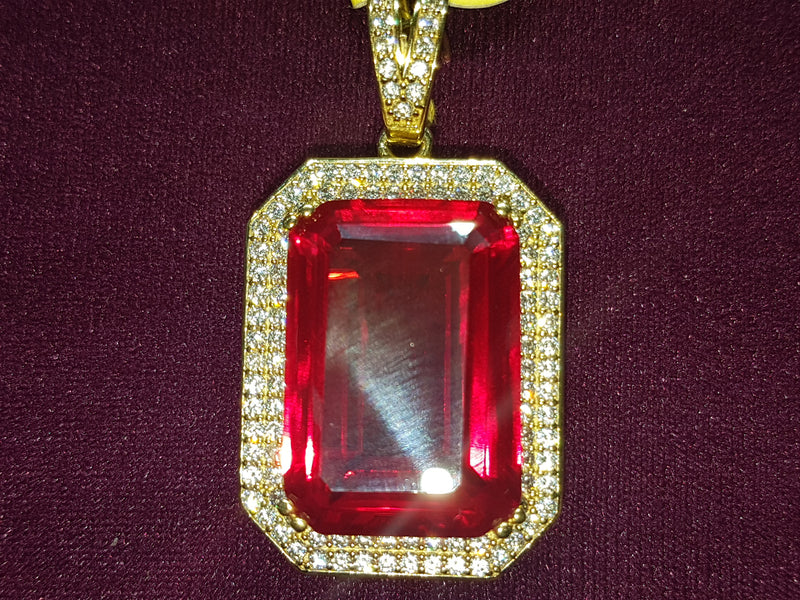 Red Gemstone Pendant w/ CZ Frame 10K - Lucky Diamond 恆福珠寶金行 New York City 169 Canal Street 10013 Jewelry store Playboi Charlie Chinatown @luckydiamondny 2124311180