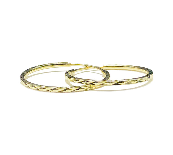 Yellow Gold Diamond-Cut Hoop Earring (14K)