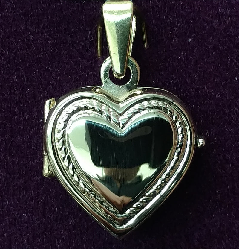 Rope-Themed Heart Locket 14K - Lucky Diamond 恆福珠寶金行 New York City 169 Canal Street 10013 Jewelry store Playboi Charlie Chinatown @luckydiamondny 2124311180