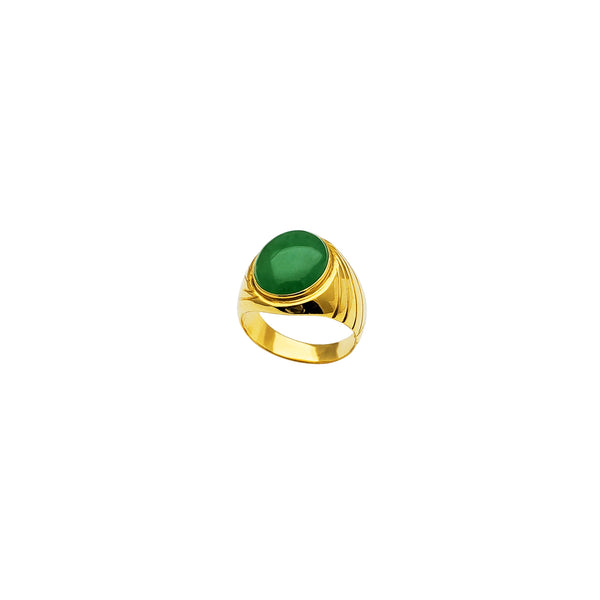 Yellow Gold Oval Shape Jade Ring (18K)