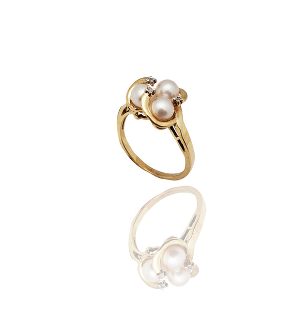 Pearl Triplet Cocktail Ring (10K)