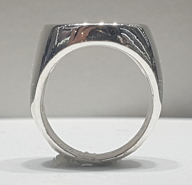 products/signet_ring_sterling_silver_front.jpg