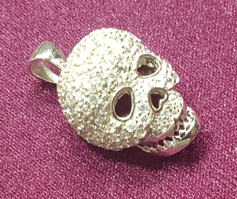 Iced-Out Skull Charm Silver - Popular Jewelry