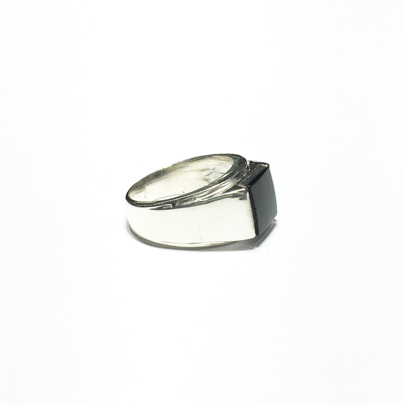 products/sterling_silver_925_Square_black_onyx_men_s_ring_right_angle_view_web_product_Popular_Jewelry_New_York_City.png