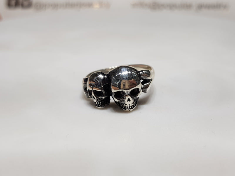 Antique-Finish Twin Skull Ring (Silver)