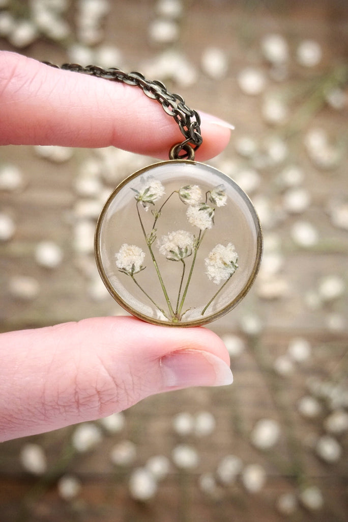 Baby's Breath Circle Necklace