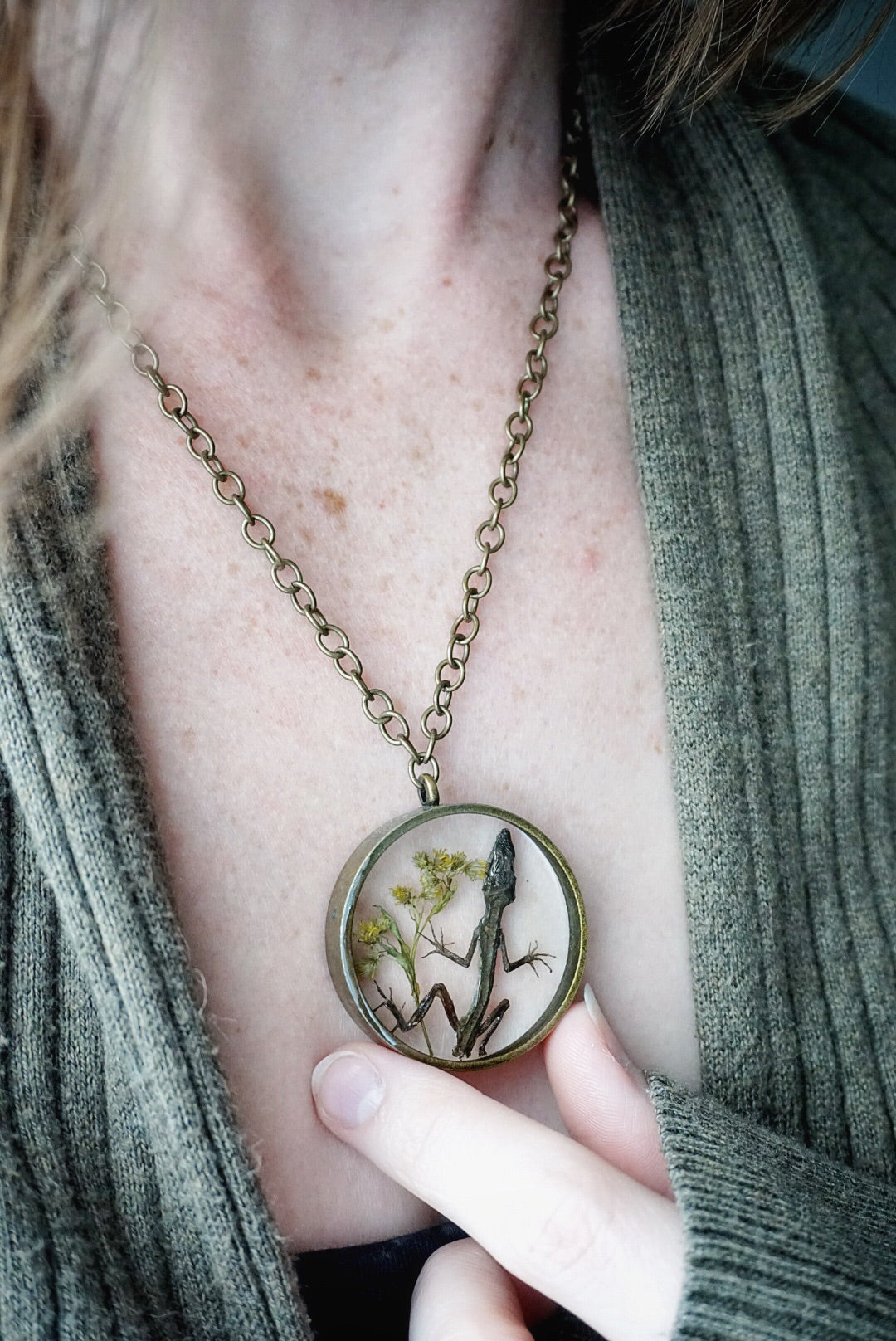 Lizard Memoriam Circle Necklace