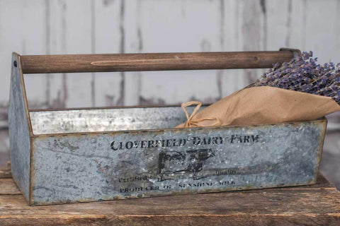 Galvanized Dairy Box w/ Wood Handle