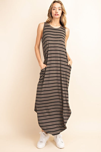 The Modern Maxi with a rounded hem