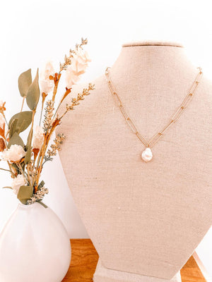 Pearly Charm Necklace