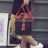 New 2016 Fashion Rivet women handbag floral Women messenger bags Small Bags  famous brand leather tote bag casual bag b