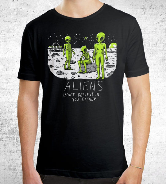 Aliens Don't Believe In You Either Men's Shirt by Ronan Lynam - Pixel Empire