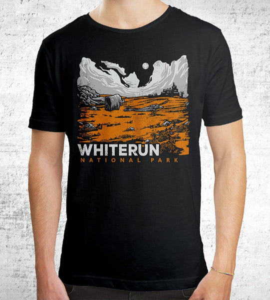 Whiterun Men's Shirt by Ronan Lynam - Pixel Empire