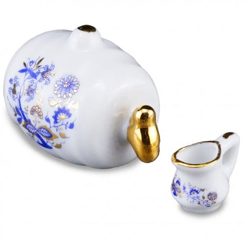 Drink Jug with Spigot and Pitcher, Blue Onion