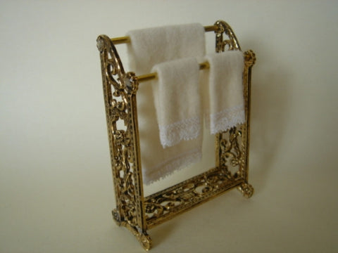 Bronze Towel Stand with Towels