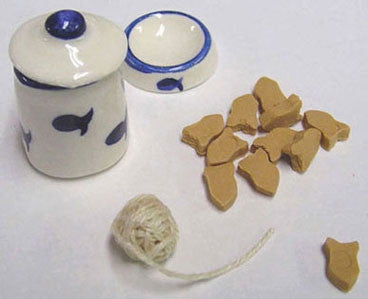 CAT BOWL, CANISTER, TOY & TREATS