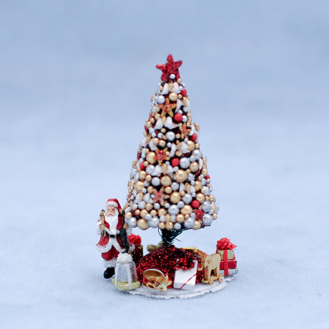 Mini Christmas Tree with Accessories, Red and Gold